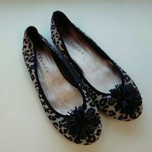 CARESSA leather cheetah flats